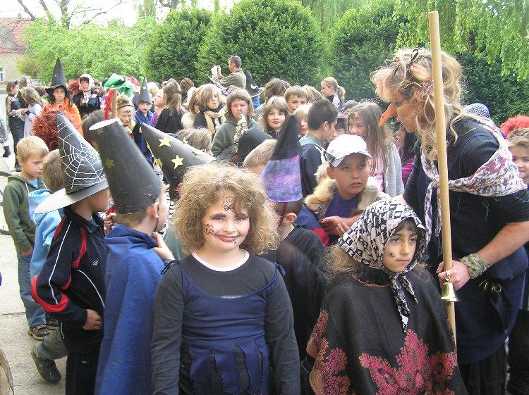 Prohlížíte si obrázky k článku: Oslava čarodějnic