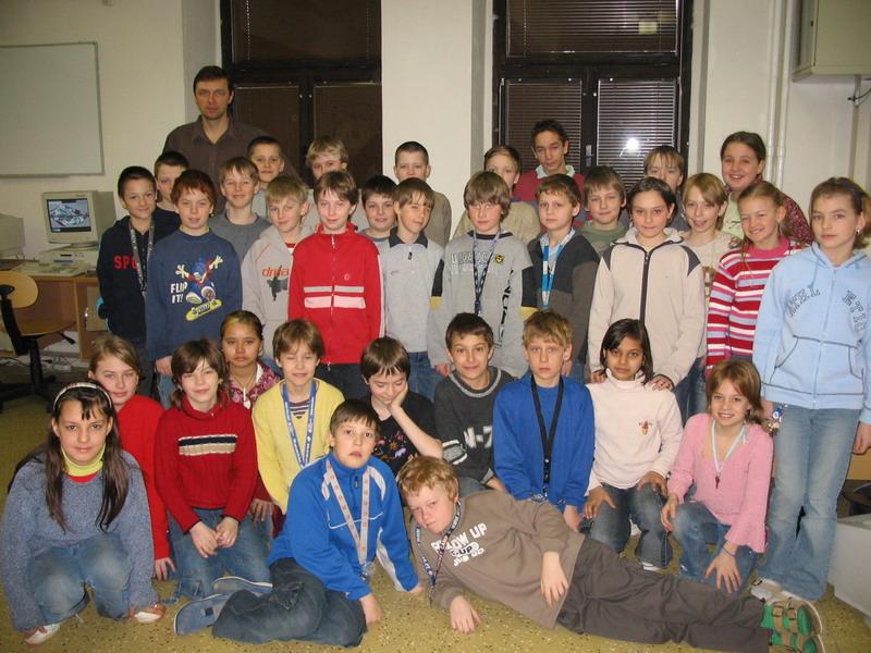 Prohlížíte si obrázky k článku: 9. třída - šk. rok 2009/2010